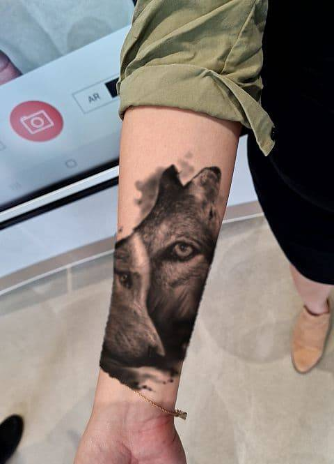 augmented reality tattoos wolf wolves black and white tattoo