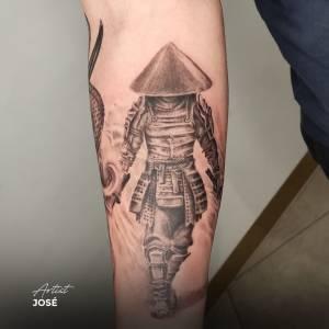 samauri tattoo japanese style black and grey shading