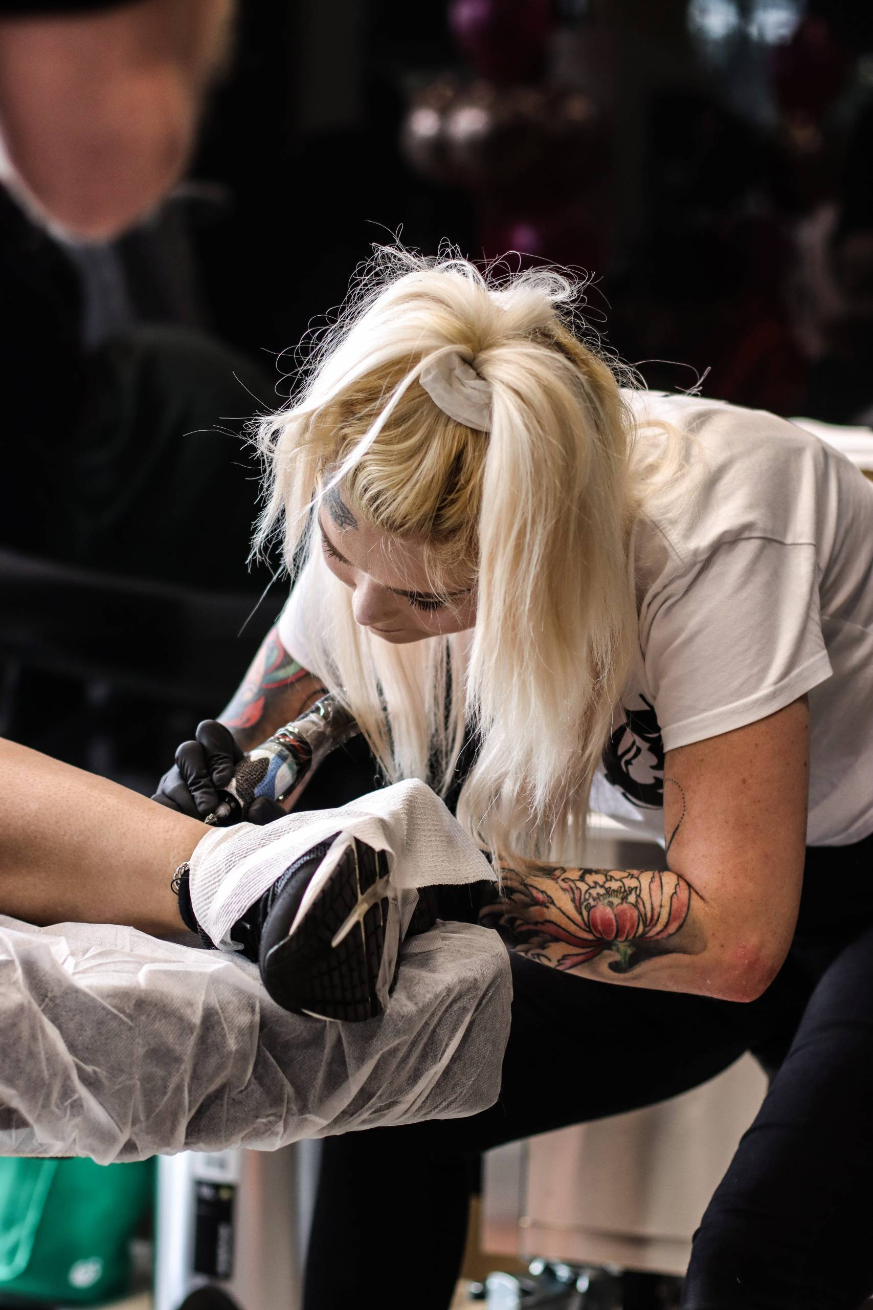 kim female tattoo artist celebrity ink